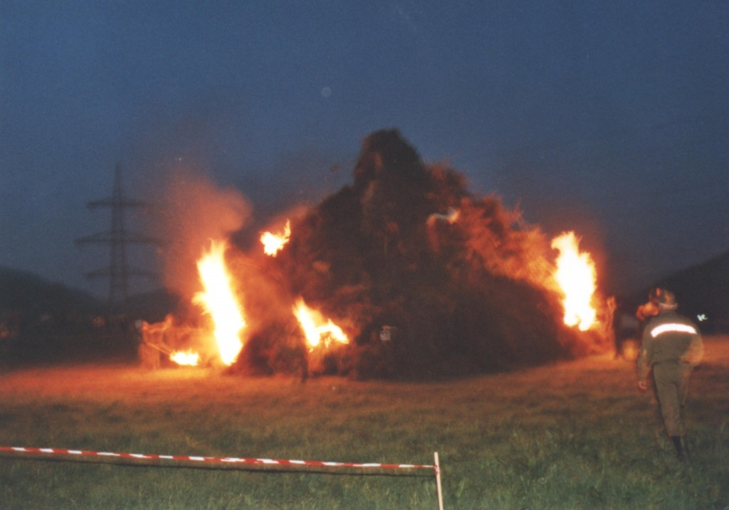 Osterfeuer2000-1